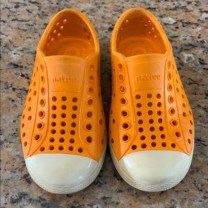 Kids native sandals.